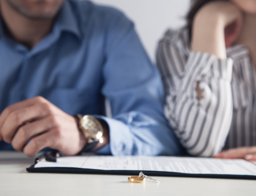 Ex moglie convive e non cerca lavoro – La Cassazione decide lo stop all'assegno di mantenimento